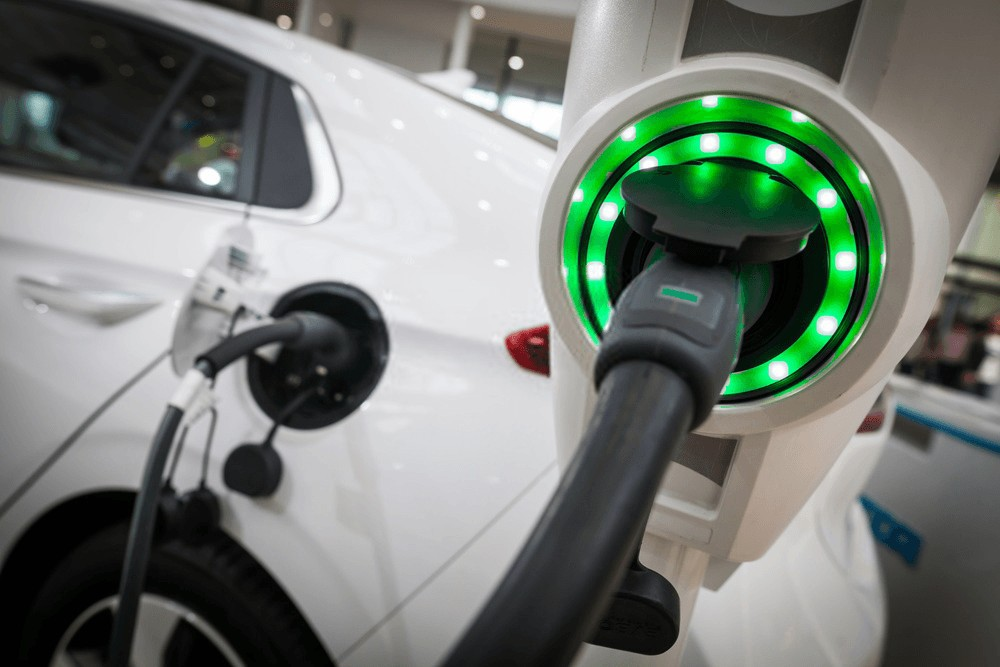 Charging Electric Vehicle, Energy Management