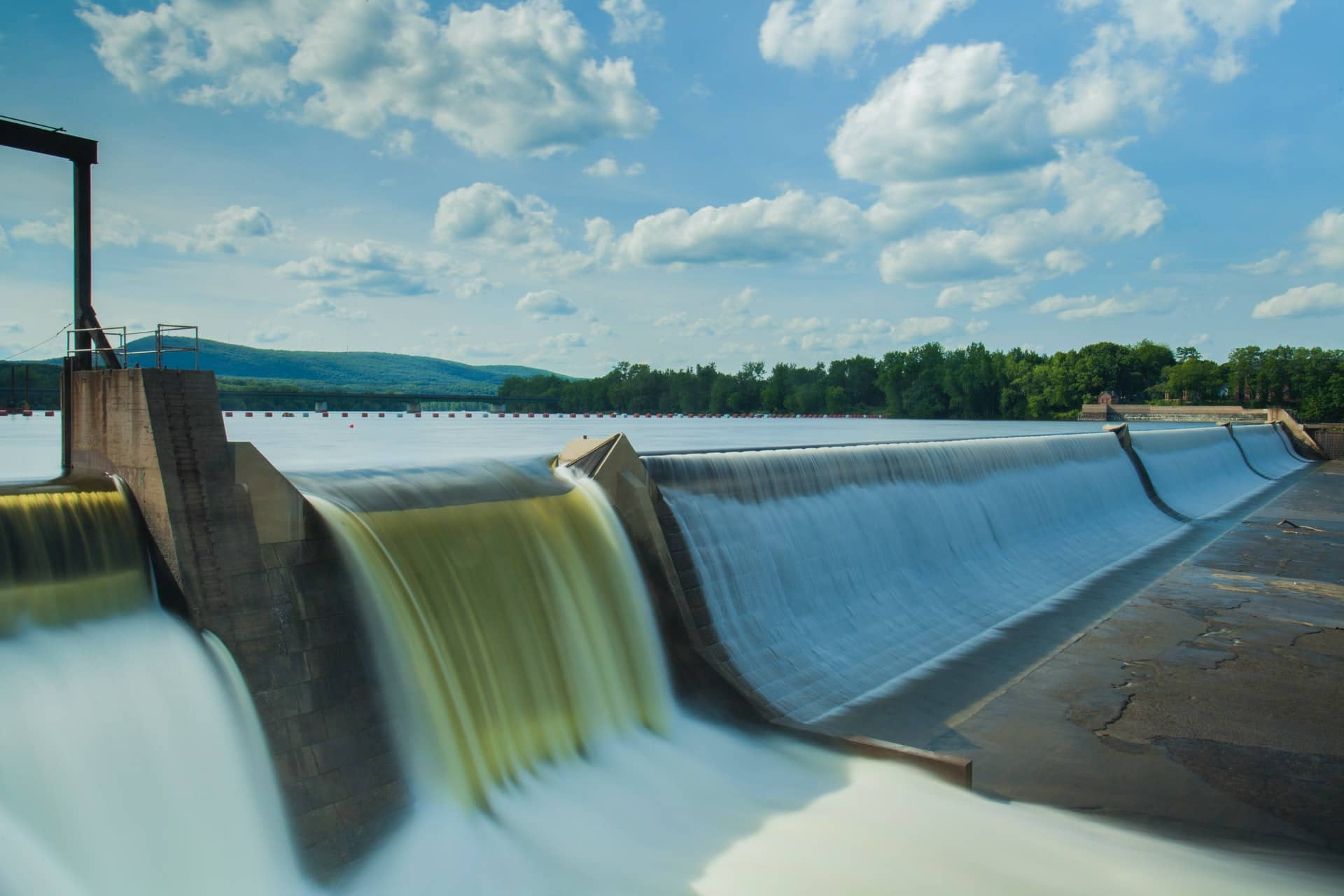 Pumped hydroelectric storage allows you to store energy by storing excess generation for later use